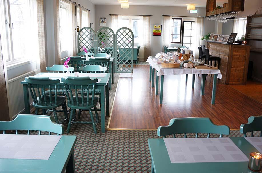 Stor matsal som har upp emot 30 sittplatser